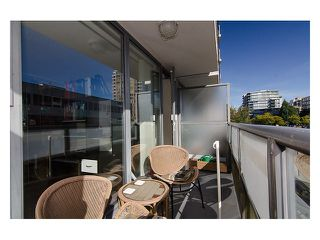"""Photo 10: # 207 1633 W 8TH AV in Vancouver: Fairview VW Condo for sale in """"FIRCREST GARDENS"""" (Vancouver West)  : MLS®# V971251"""