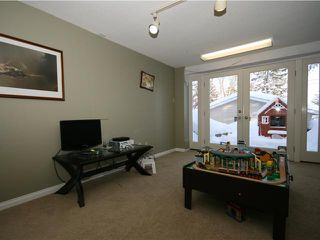 Photo 14: 86 SNOWDON Crescent SW in CALGARY: Southwood Residential Detached Single Family for sale (Calgary)  : MLS®# C3596739