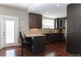 Photo 9: 2 9926 Resthaven Dr in SIDNEY: Si Sidney North-East Row/Townhouse for sale (Sidney)  : MLS®# 665407