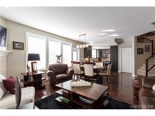 Photo 7: 2 9926 Resthaven Dr in SIDNEY: Si Sidney North-East Row/Townhouse for sale (Sidney)  : MLS®# 665407