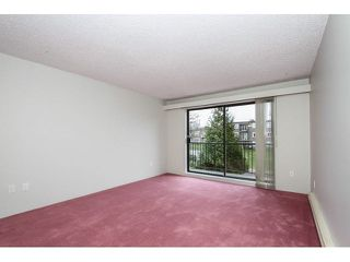 "Photo 5: 12 7549 HUMPHRIES Court in Burnaby: Edmonds BE Townhouse for sale in ""SOUTHWOOD COURT"" (Burnaby East)  : MLS®# V1108085"