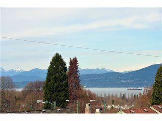"Photo 3: 3565 W 15TH Avenue in Vancouver: Kitsilano House for sale in ""KITSILANO"" (Vancouver West)  : MLS®# V1110906"