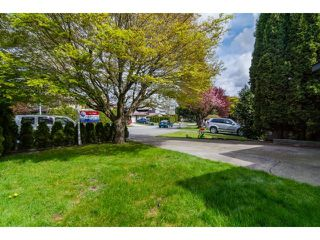 Photo 2: 2449 WAYBURNE Crescent in Langley: Willoughby Heights House for sale : MLS®# F1437139