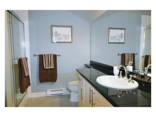 Photo 8: 107 2330 WILSON Ave in Port Coquitlam: Central Pt Coquitlam Home for sale ()  : MLS®# V822897