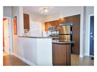 Photo 4: 107 2330 WILSON Ave in Port Coquitlam: Central Pt Coquitlam Home for sale ()  : MLS®# V822897