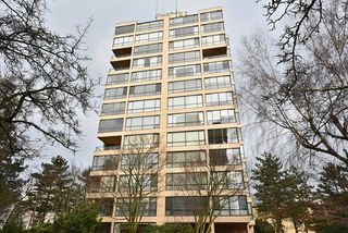 "Photo 1: 1202 2115 W 40TH Avenue in Vancouver: Kerrisdale Condo for sale in ""THE REGENCY"" (Vancouver West)  : MLS®# R2030337"