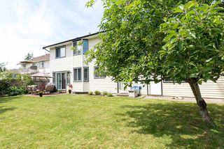 """Photo 3: 21554 51 Avenue in Langley: Murrayville House for sale in """"Murrayville"""" : MLS®# R2078265"""