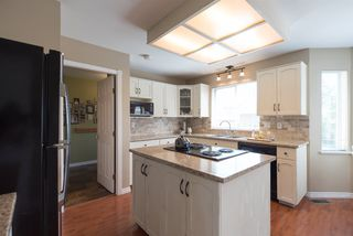 """Photo 8: 21554 51 Avenue in Langley: Murrayville House for sale in """"Murrayville"""" : MLS®# R2078265"""
