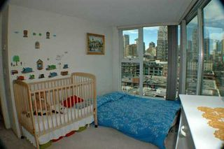 """Photo 5: 1008 CAMBIE Street in Vancouver: Downtown VW Condo for sale in """"WATERWORKS"""" (Vancouver West)  : MLS®# V621230"""