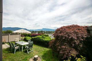 "Photo 4: 117 1140 CASTLE Crescent in Port Coquitlam: Citadel PQ Townhouse for sale in ""THE UPLANDS"" : MLS®# R2083351"