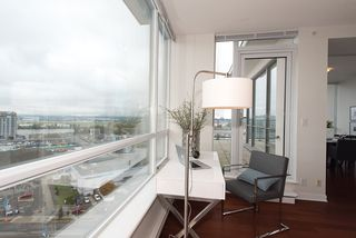 "Photo 5: 1701 7555 ALDERBRIDGE Way in Richmond: Brighouse Condo for sale in ""OCEAN WALK"" : MLS®# R2116269"