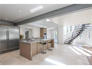Photo 4: 74 Hopwood Drive in Winnipeg: Tuxedo Residential for sale (1E)  : MLS®# 1700022
