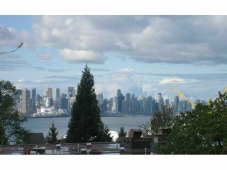 "Main Photo: 312 360 E 2ND Street in North Vancouver: Lower Lonsdale Condo for sale in ""EMERALD MANOR"" : MLS®# R2135102"