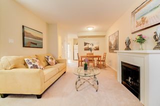 Photo 5: 2 14855 100 Avenue in Surrey: Guildford Townhouse for sale (North Surrey)  : MLS®# R2146975
