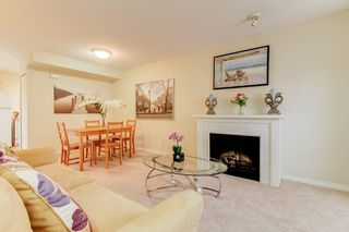 Photo 6: 2 14855 100 Avenue in Surrey: Guildford Townhouse for sale (North Surrey)  : MLS®# R2146975