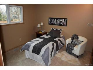 Photo 10: 27 Lake Albrin Bay in Winnipeg: Waverley Heights Residential for sale (1L)  : MLS®# 1706470