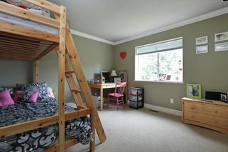 """Photo 15: 5710 WESTPORT Wynd in West Vancouver: Eagle Harbour House for sale in """"Eagle Harbour"""" : MLS®# R2163989"""