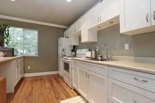 """Photo 11: 5710 WESTPORT Wynd in West Vancouver: Eagle Harbour House for sale in """"Eagle Harbour"""" : MLS®# R2163989"""