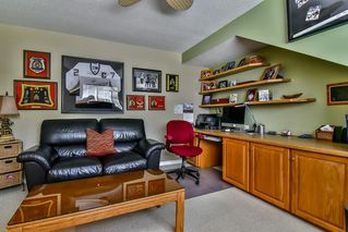 "Photo 13: 13 17917 68 Avenue in Surrey: Cloverdale BC Townhouse for sale in ""WEYBRIDGE LANE"" (Cloverdale)  : MLS®# R2170023"