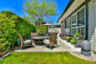"Photo 20: 13 17917 68 Avenue in Surrey: Cloverdale BC Townhouse for sale in ""WEYBRIDGE LANE"" (Cloverdale)  : MLS®# R2170023"