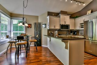 "Photo 8: 13 17917 68 Avenue in Surrey: Cloverdale BC Townhouse for sale in ""WEYBRIDGE LANE"" (Cloverdale)  : MLS®# R2170023"