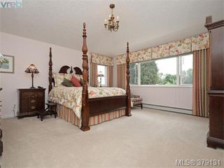Photo 12: 2273 Sage Lane in VICTORIA: SE Arbutus Single Family Detached for sale (Saanich East)  : MLS®# 379131