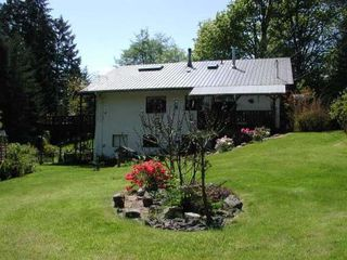 Photo 3: 89 Pilkey Point Road in Thetis Island: House for sale : MLS®# 228928