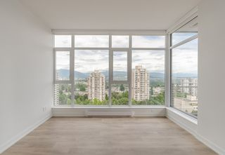 "Photo 3: 1607 4688 KINGSWAY in Burnaby: Metrotown Condo for sale in ""Station Square"" (Burnaby South)  : MLS®# R2187654"