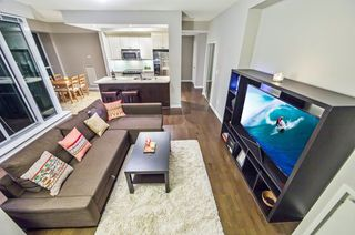 Photo 2: 1307 628 Fleet Street in Toronto: Niagara Condo for sale (Toronto C01)  : MLS®# C3884486