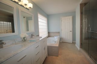 """Photo 10: 4471 222A Street in Langley: Murrayville House for sale in """"Murrayville"""" : MLS®# R2196700"""