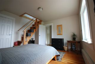 Photo 15: 1921 LAKEWOOD DRIVE in Vancouver: Grandview VE House for sale (Vancouver East)  : MLS®# R2195198
