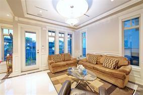 Photo 12: 6425 WINDSOR Street in Vancouver: Fraser VE House for sale (Vancouver East)  : MLS®# R2203900
