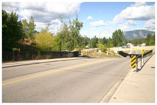 Photo 22: 881 Northeast 21 Street in Salmon Arm: House for sale (NE Salmon Arm)  : MLS®# 10142001