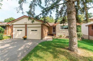 Main Photo: 913 Walnut Court in Oshawa: Donevan House (Bungalow) for sale : MLS®# E3931287