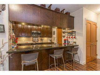"Photo 4: 118 11887 BURNETT Street in Maple Ridge: East Central Condo for sale in ""WELLINGTON STATION"" : MLS®# R2213469"