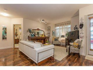 "Photo 6: 118 11887 BURNETT Street in Maple Ridge: East Central Condo for sale in ""WELLINGTON STATION"" : MLS®# R2213469"