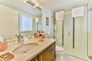 "Photo 9: 815 WESTVIEW Crescent in North Vancouver: Upper Lonsdale Townhouse for sale in ""Cypress Gardens"" : MLS®# R2214681"