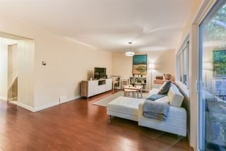 "Photo 3: 815 WESTVIEW Crescent in North Vancouver: Upper Lonsdale Townhouse for sale in ""Cypress Gardens"" : MLS®# R2214681"