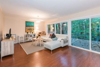 "Photo 2: 815 WESTVIEW Crescent in North Vancouver: Upper Lonsdale Townhouse for sale in ""Cypress Gardens"" : MLS®# R2214681"