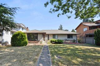 Photo 1: 1954 148 Street in Surrey: Sunnyside Park Surrey House for sale (South Surrey White Rock)  : MLS®# R2220897
