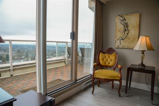Photo 12: 1703 4657 HAZEL Street in Burnaby: Forest Glen BS Condo for sale (Burnaby South)  : MLS®# R2236882