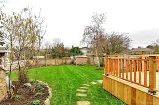 Photo 5: 431 Davida Ave in VICTORIA: SW Gorge House for sale (Saanich West)  : MLS®# 778826