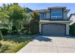 Photo 1: 12161 CHERRYWOOD Drive in Maple Ridge: East Central House for sale : MLS®# R2239734
