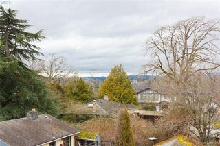 Photo 13: 309 982 McKenzie Ave in VICTORIA: SE Quadra Condo for sale (Saanich East)  : MLS®# 780785