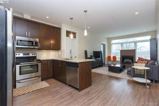 Photo 5: 309 982 McKenzie Ave in VICTORIA: SE Quadra Condo for sale (Saanich East)  : MLS®# 780785