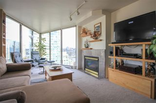 Photo 3: 2101 1000 BEACH AVENUE in Vancouver: Yaletown Condo for sale (Vancouver West)  : MLS®# R2248536