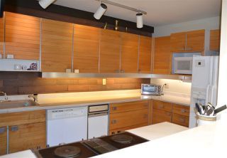 """Photo 11: 406 GREENSBORO Place in Vancouver: South Cambie Townhouse for sale in """"LANGARA ESTATES"""" (Vancouver West)  : MLS®# R2254756"""