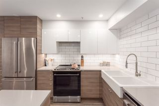 """Photo 7: 110 889 W 7TH Avenue in Vancouver: Fairview VW Townhouse for sale in """"PARKVIEW TERRACE"""" (Vancouver West)  : MLS®# R2268820"""