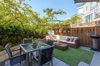 """Photo 1: 110 889 W 7TH Avenue in Vancouver: Fairview VW Townhouse for sale in """"PARKVIEW TERRACE"""" (Vancouver West)  : MLS®# R2268820"""
