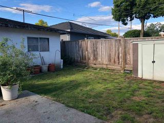 Photo 2: 2691 GRANT Street in Vancouver: Renfrew VE House for sale (Vancouver East)  : MLS®# R2293083